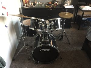 Union 5 piece drum set with hi hat and cymbal with stool for Sale in March Air Reserve Base, CA