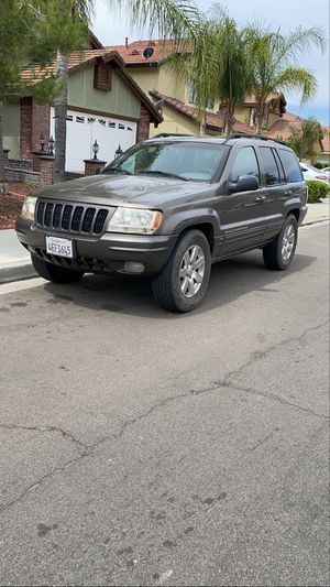 1999 Grand Cherokee Limited 4*4 for Sale in Perris, CA