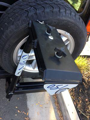 Osi3 swing away bike rack hitch for Sale in Fresno, CA