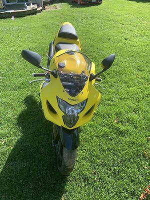 2005 SUZUKI 600 motorcycle for Sale in CARPENTERSVLE, IL