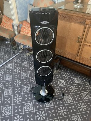 Ozeri fan with remote for Sale in Los Angeles, CA