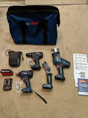 Bosch Power Tool Set ( 8 piece) for Sale in Fort Wayne, IN