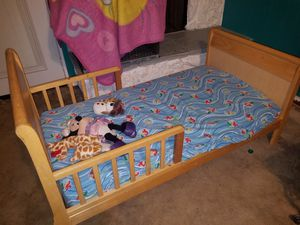 kids bed with mattress for Sale in Grand Prairie, TX