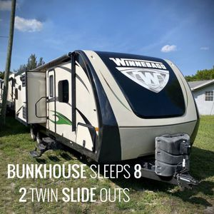 2016 Winnebago ultralite 28DDBH BUNKHOUSE TRAVEL TRAILER Rv for Sale in Fort Lauderdale, FL