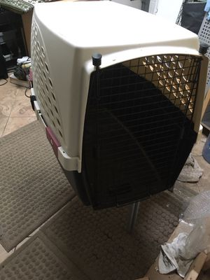 Dog House dog cage dog kennel **LARGE for Sale in Oak Lawn, IL
