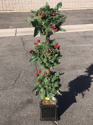 4ft Christmas decoration tree - winslow topiary tree for Sale in Tempe, AZ