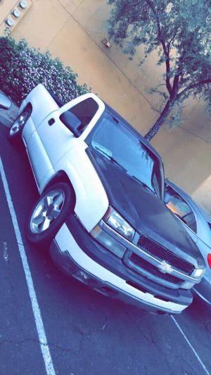 2004 Chevy Silverado for Sale in Phoenix, AZ
