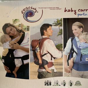 Ergo Baby Carrier for Sale in Richardson, TX