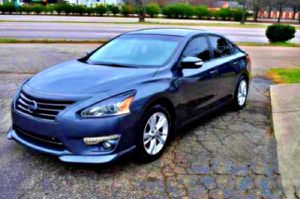 LOW MILES 2013 Altima for Sale in Seattle, WA