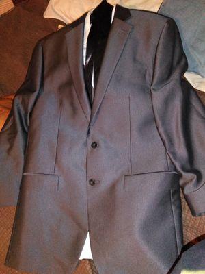 Calvin Klein men suit for Sale in Laredo, TX