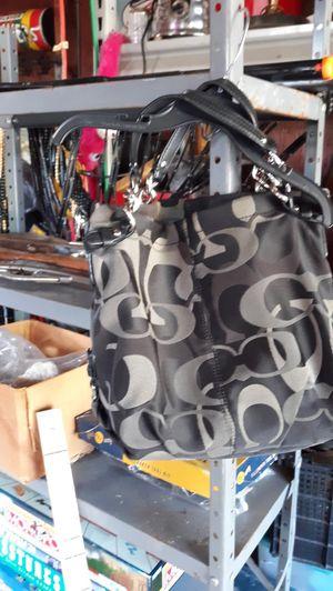 Genuine Coach purse for Sale in Montgomery, IL