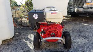 4000 PSI HONDA PRESSURE WASHER WITH NEW GENERAL PUMP 13 HP for Sale in Pompano Beach, FL