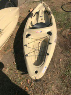 Journey dolphin 10 ss kayak for Sale in Stockton, CA