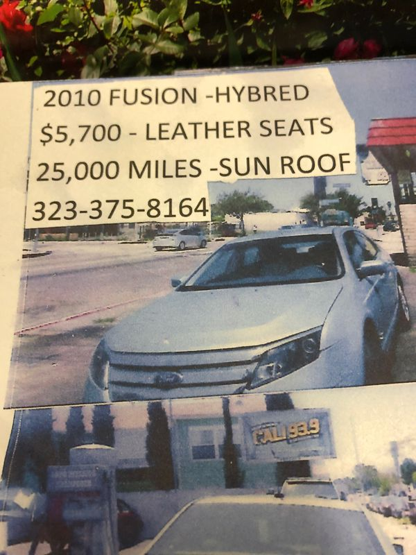2010 Ford Fusion hybred sun roof leather seats 25000 Miles {contact info removed}