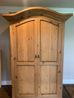 Pine Armoire for Sale in HOFFMAN EST, IL