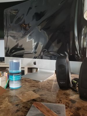 New iMac 27in 5k Retina w/ Pro Tools,Final Cut, etc. (mid 2017) for Sale in Houston, TX