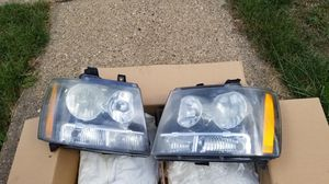 Headlight assembly (Left and Right) fits 2007-2014 Chevy Tahoe, Suburban, Avalanche for Sale in Monroeville, PA