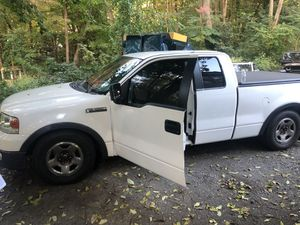 For sale or trading my ford f150 2005 for Sale in Clinton, MA
