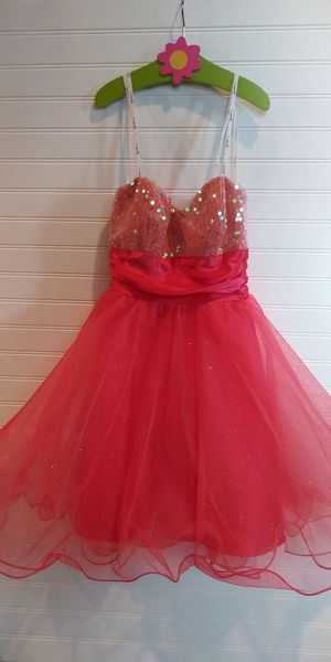 Beautiful girls prom homecoming dress size 1 for Sale in Tacoma, WA