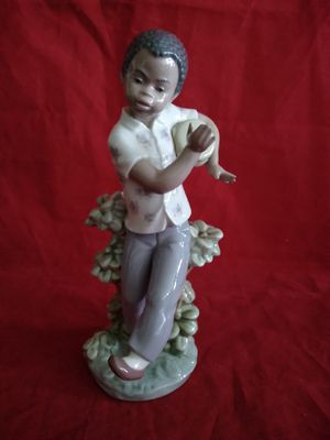 "LLADRO #5157 RETIRED BOY DANCING W/ BONGO BLACK LEGACY COLLECTION FINE PORCELAIN FIGURINE 9"" TALL IN ORIG BOX for Sale in Pompano Beach, FL"