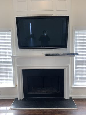 Tv mount brackets FREE FREE MOUNTS WITH PACKAGE DEALS ASK FOR DETAILS FREE MOUNT FOR TVS UNDER 50 inches 15$ upgrade fee if tv larger than 50 inches for Sale in Decatur, GA