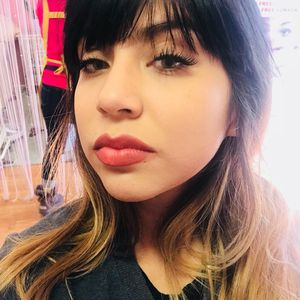 Classic set eyelash extensions for Sale in Rosemead, CA