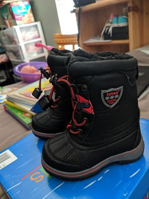 Totes kids Boys Snow Boots Size 6 for Sale in Downey, CA