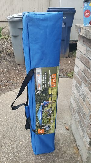 Pop up tent 10x10 for Sale in Everett, WA