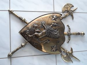 Vintage brass coat of arms for Sale in Riviera Beach, FL
