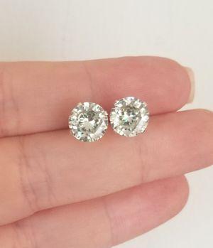 New 4ct beautiful moissanite diamonds stud earrings,14k white gold! for Sale in Bloomfield Hills, MI