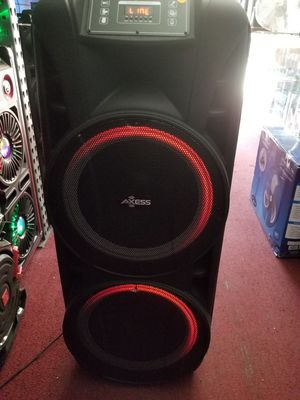 LOUD AND POWERFUL BLUETOOTH DJ PARTY SPEAKER WITH 2 WIRELESS MICROPHONE INTCLUDED. BRAND NEW for Sale in Los Angeles, CA