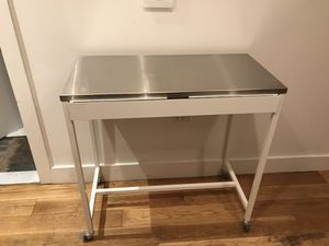 Crate and Barrel Kitchen portable counter for Sale in Brooklyn, NY