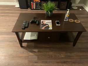 Wood tobacco coffee table for Sale in Lithia Springs, GA