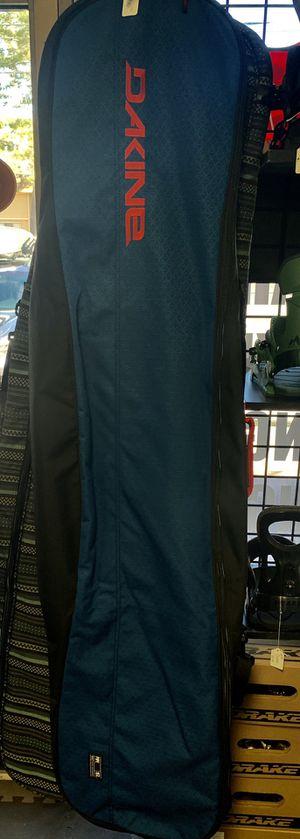 New Dakine 157 snowboard bag for Sale in Las Vegas, NV