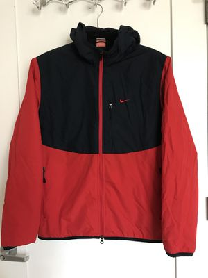 Men Size:M Nike Red and Blue Jacket for Sale in Arlington, VA
