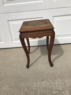Antique oak small table for Sale in Apollo Beach, FL