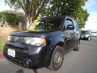 2014 Nissan Cube for Sale in Reseda,  CA