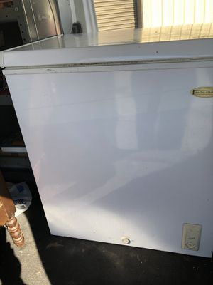 5 cf chest freezer... for Sale in Durham, NC