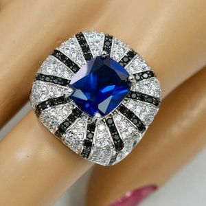 Luxury Ring for Women Perfect Gift 🎁 💝 🎁 for Sale in Palatine, IL