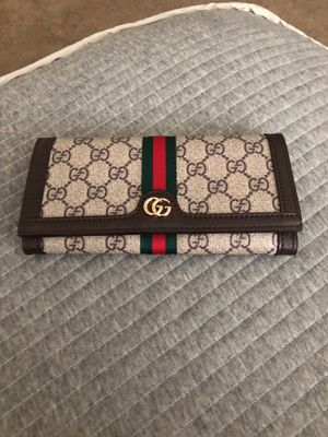 New women's Gucci wallet for Sale in Washington, DC