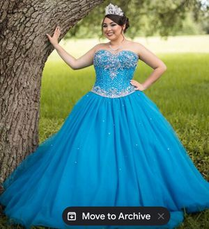 Quinceanera dress for Sale in TEMPLE TERR, FL