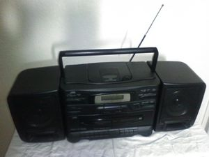 Portable CD/Radio/Cassette Player, Multi-Bass Horn, Removable Speakers for Sale in Puyallup, WA