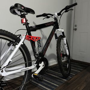 Mountain Bike for Sale in Tampa, FL