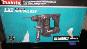"""11/16""""rotary hammer makita for Sale in Richmond, CA"""