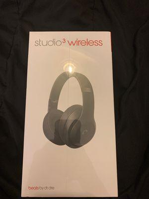 Beats studio3 wireless headphones: matte black for Sale in San Antonio, TX