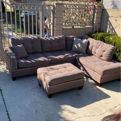 Sectional for Sale in Rancho Cucamonga,  CA