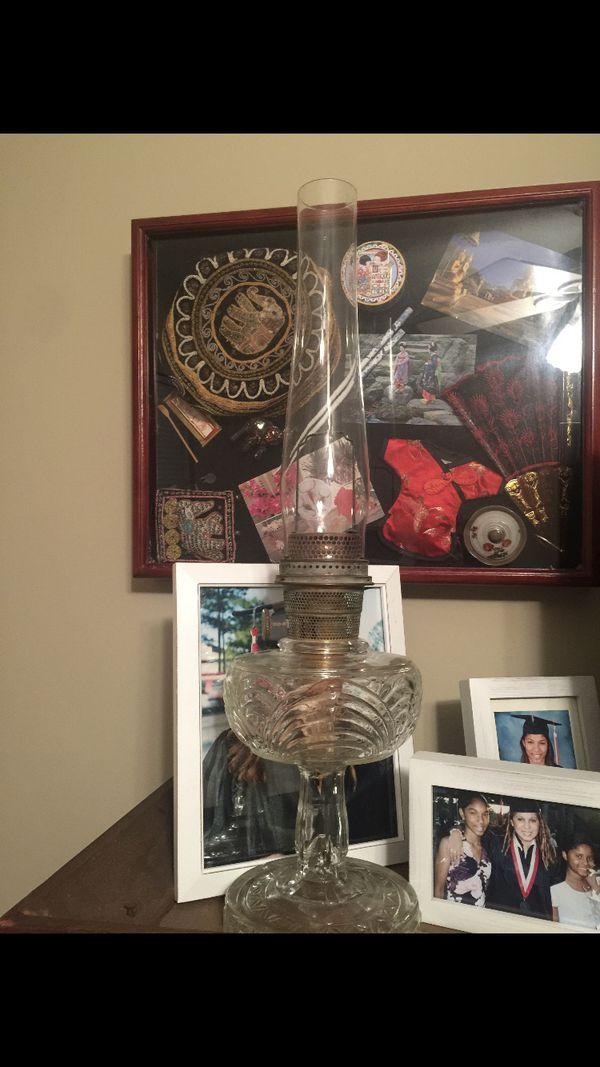 Aladdin oil lamp / mantle lamp company ( collectors)