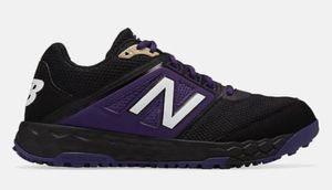 New Balance Fresh Foam 3000v4 Turf for Sale in Los Angeles, CA