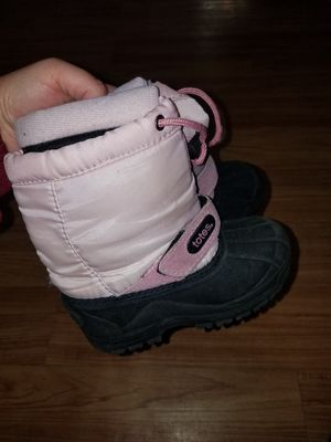 Snow boots for girl size 11 for Sale in Arlington Heights, IL