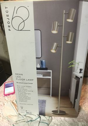 Project 62 dean led floor lamp for Sale in Riverside, CA